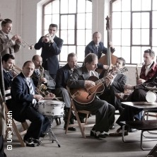 NEW YEAR`S SWING - Andrej Hermlin and his Swing Dance Orchestra