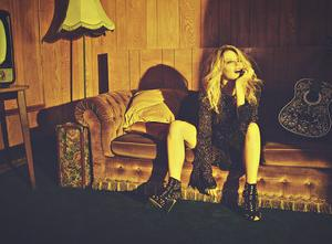 KYLIE MINOGUE presents GOLDEN